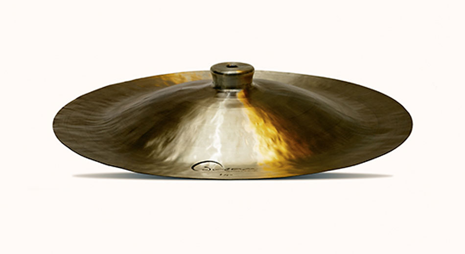 Dream China/Lion Cymbal 18