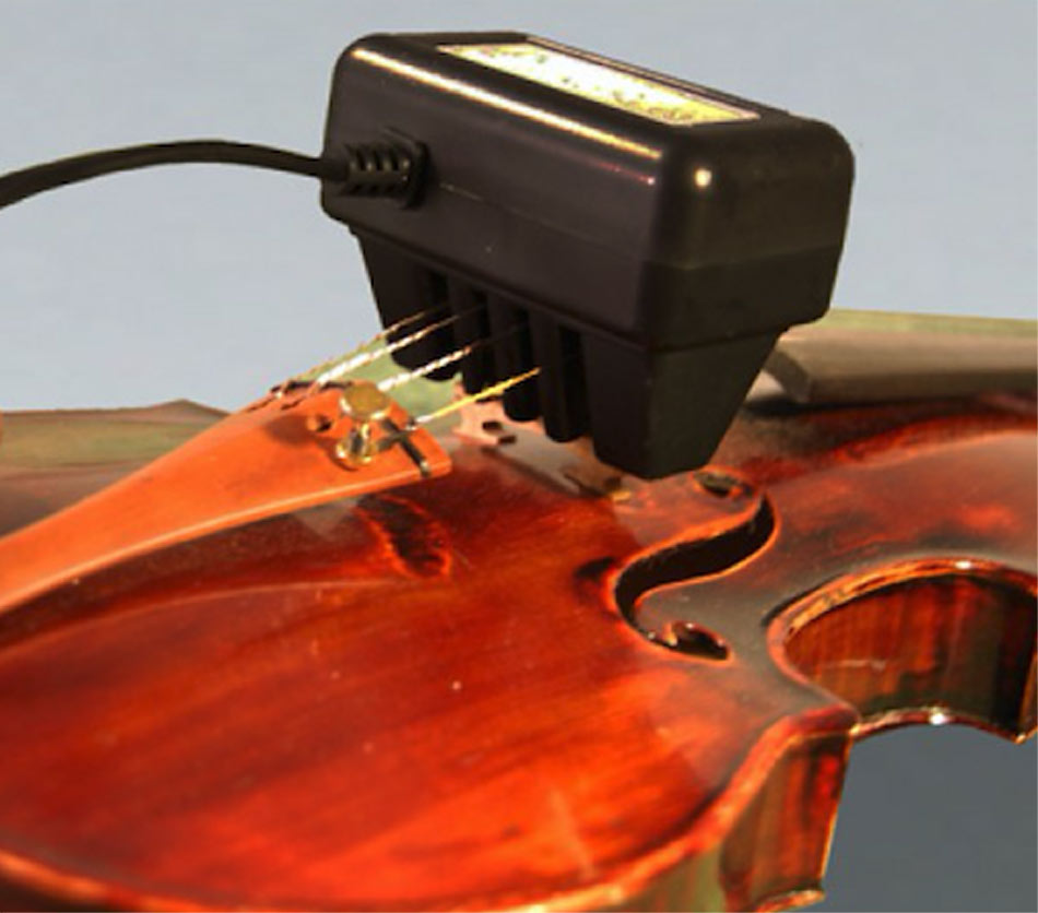 Violin ToneRite Simply attach the ToneRite whenever you are not playing
