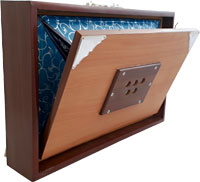 Atlas Shruti Box, Female Voice Dark coloured wood body, side bellows. C, C#, D, D#, E , F , F#, G , G#, A, Bb, B, C