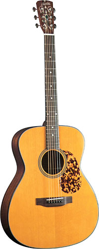 Blueridge OOO Acoustic Guitar Historic Series. Solid sitka spruce top with hand carved scalloped braces.