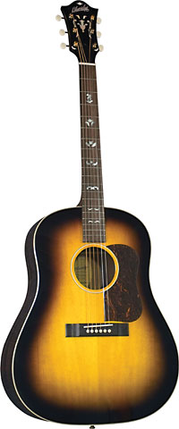 Blueridge Slope Shouldered Guitar Historic Series. Solid sitka spruce top. Solid mahogany back and sides.